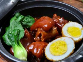鍋先森臺灣鹵肉飯快餐味道好嗎?