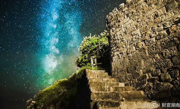 摄影师镜头:星空下的英怀特岛