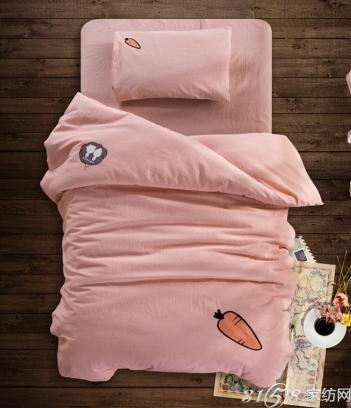 怎么给宝宝选择床品?