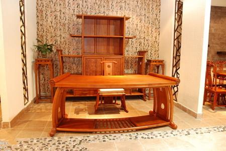 红木沙发搭配地板