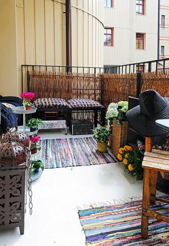 不一样的欧式风情让客厅电视背景墙更美丽  将阳台用玻璃和木材封闭成