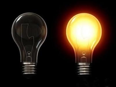 白炽灯又叫做电灯泡,它的工作原理是电流通过灯丝(钨丝,熔点达3000多