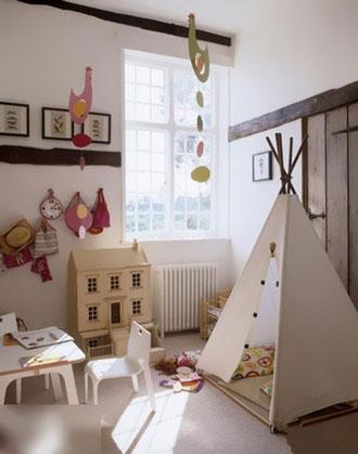 好艺术的儿童房,各种剪纸花围绕在吊灯周围,在灯光的照射下散发各种