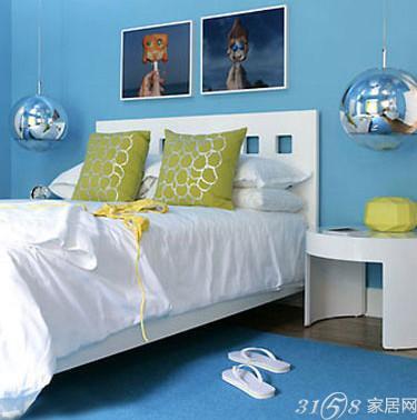 产品 >  灯饰 > 提升卧室格调 5款床头创意吊灯欣赏   黑色的灯具设计