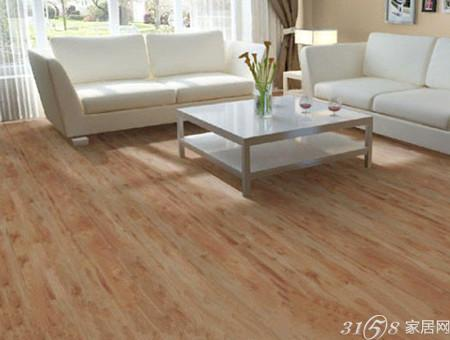 带有清晰木纹的木地板