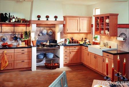 烤漆橱柜装修效果图 简欧橱柜装修效果图 厨房砖砌橱柜效果图高清图片