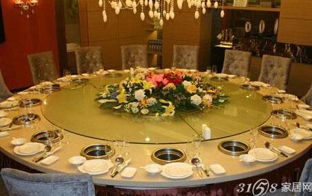 赏析:火锅餐桌图片