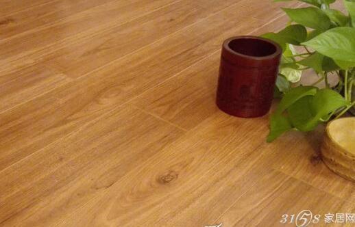 大自然地板强化复合木地板超越系列橡树时光橡树香逸