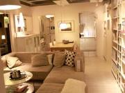 关于买家具如何选择那种实木的家具呢?