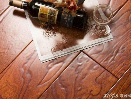 仿实木地板是什么呢? 仿实木地板优点有哪些呢?