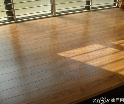 实木地板怎么保养?
