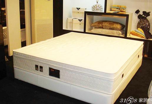 老年人如何选购床垫 老人应该选择什么材质的硬型床垫?