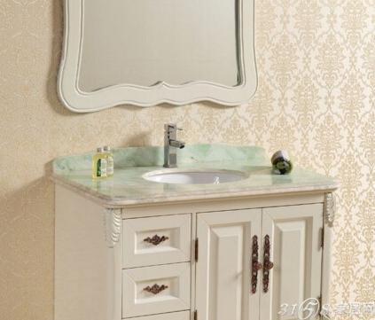 浴室柜台面材料的选择