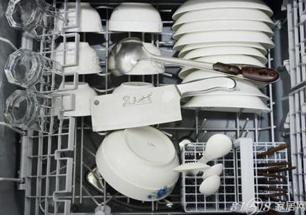 正确清洁餐具