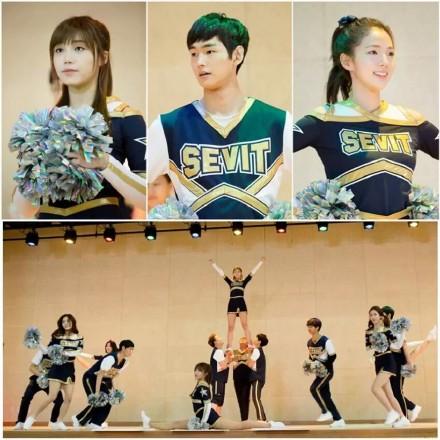 2012年1月出演MBC水木迷你剧《拥抱太阳的月亮》,饰演少年时期