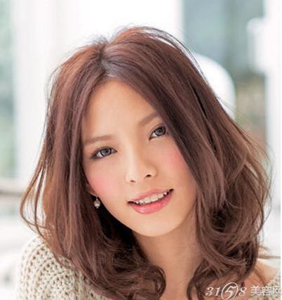 拉直发型图片/葛优中分长发图片/中分中长发发型/中分短发发型图片图片
