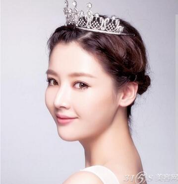韩式婚纱照新娘发型 准新娘们必备