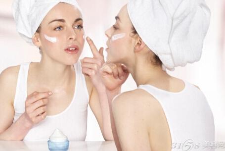 洗脸后的护肤步骤