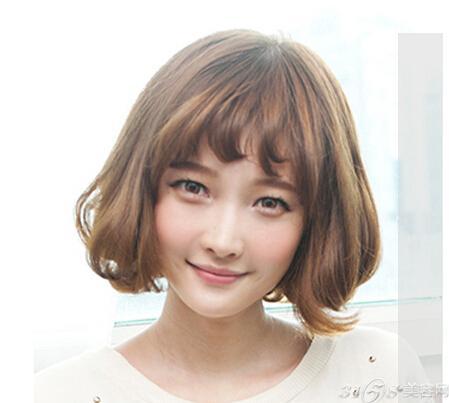 韩国空气刘海怎么剪 少女时代允儿发型盘点(2)