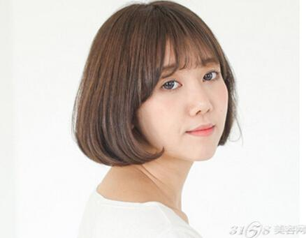 韩国短发烫发发型 既甜美可爱又减龄