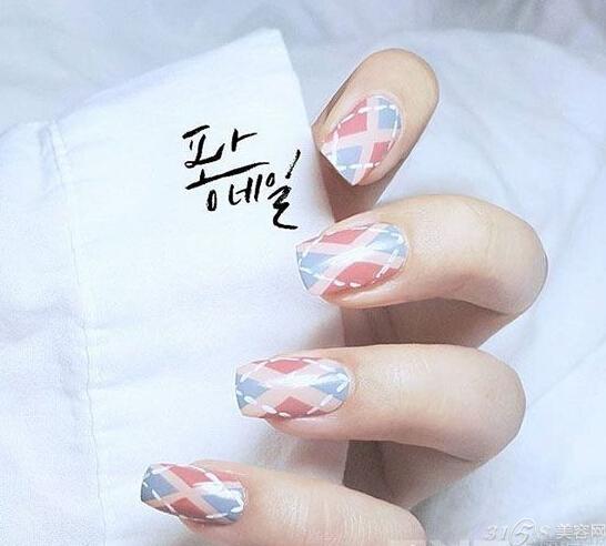 韩式小清新美甲图片 很适合夏季哟