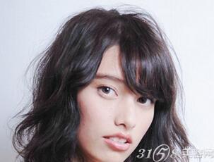 额头窄,脸方,适合什么发型和刘海