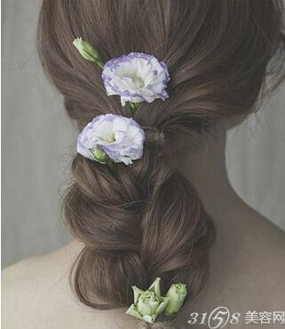 新娘鲜花发型用什么花图片
