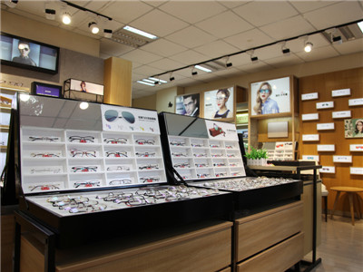 想开一家亿超眼镜连锁加盟店要怎么加盟?