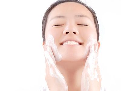 冬季肌肤干燥怎么办?
