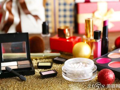 开化妆品加盟店如何才能经营好
