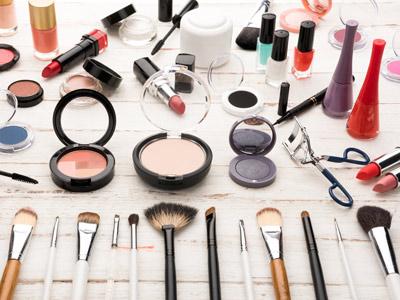 开化妆品加盟店需要了解哪些技巧?