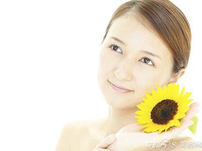 肌肤容易干燥要如何改善