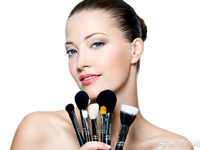 新开的美容院加盟店如何做好广告宣传
