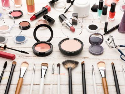 开化妆品加盟店如何摆放化妆品?
