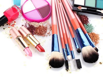开化妆品加盟店需要掌握的技巧有哪些