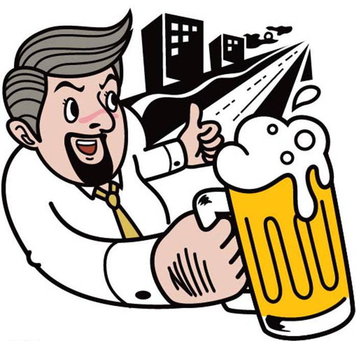 将啤酒瓶里的酒倒