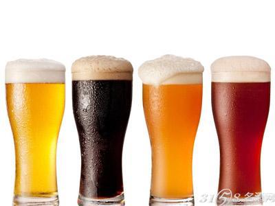 黑啤、黄啤酒、红啤酒和白啤的区别