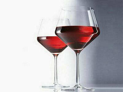 如何选择红酒杯?