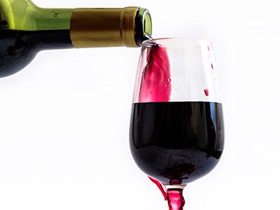 香槟酒和葡萄酒有哪些区别?