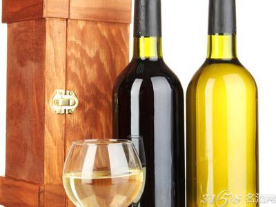 如何辨别葡萄酒中的54种香气?