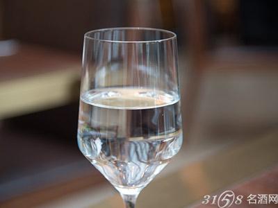 白酒度数有哪些?多少度最好喝?
