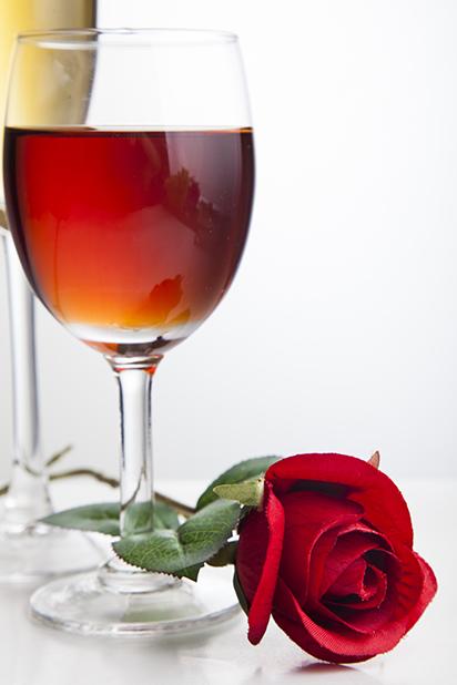 这几类常用的酒杯陈列方式你知道吗