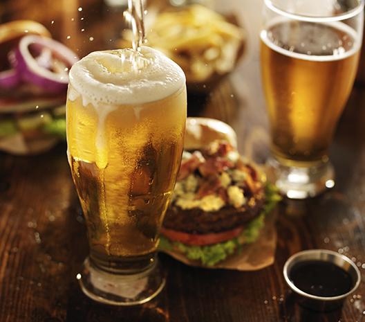 啤酒可以用塑料瓶来盛装吗