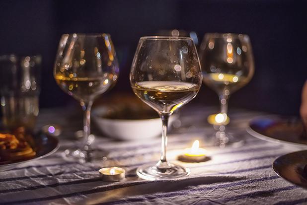 喝白酒为什么会感觉到辣味?