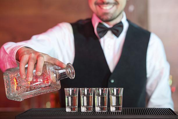 怎么辨别酒精勾兑酒和纯酿酒?