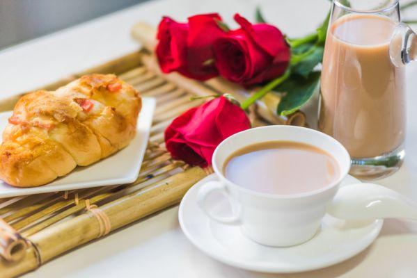 奶茶嫁给粉饮品