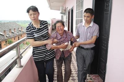江西三兄妹同时落水身亡 最大才10岁