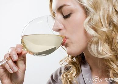 女性喝酒后怀孕孩子能要吗?