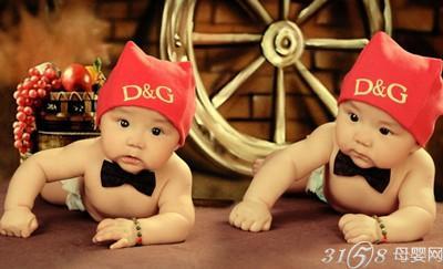 怀双胞胎都有哪些症状 高清图片