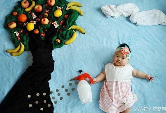 让婴儿在著名的阿拉伯卡通场景和民间传说中扮演各种角色.